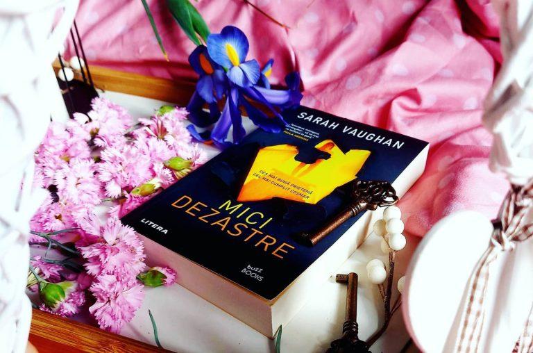 Mici dezastre – Sarah Vaughan, recenzie