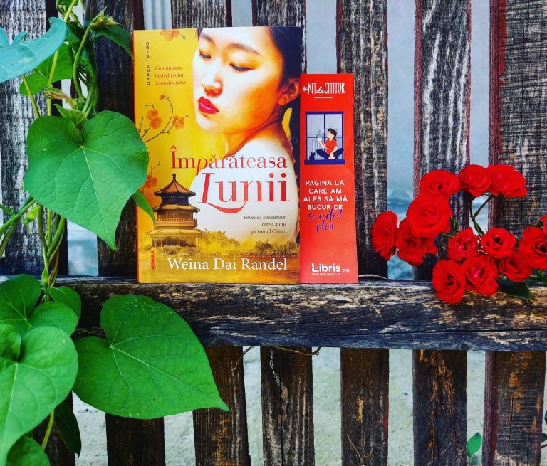 Împărăteasa lunii – Weina Dai Randel, recenzie